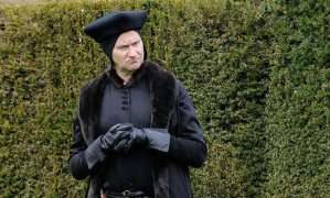 Sherlock_s_Mark_Gatiss__Damian_Lewis_and_Mark_Rylance_in_new_Wolf_Hall_pictures